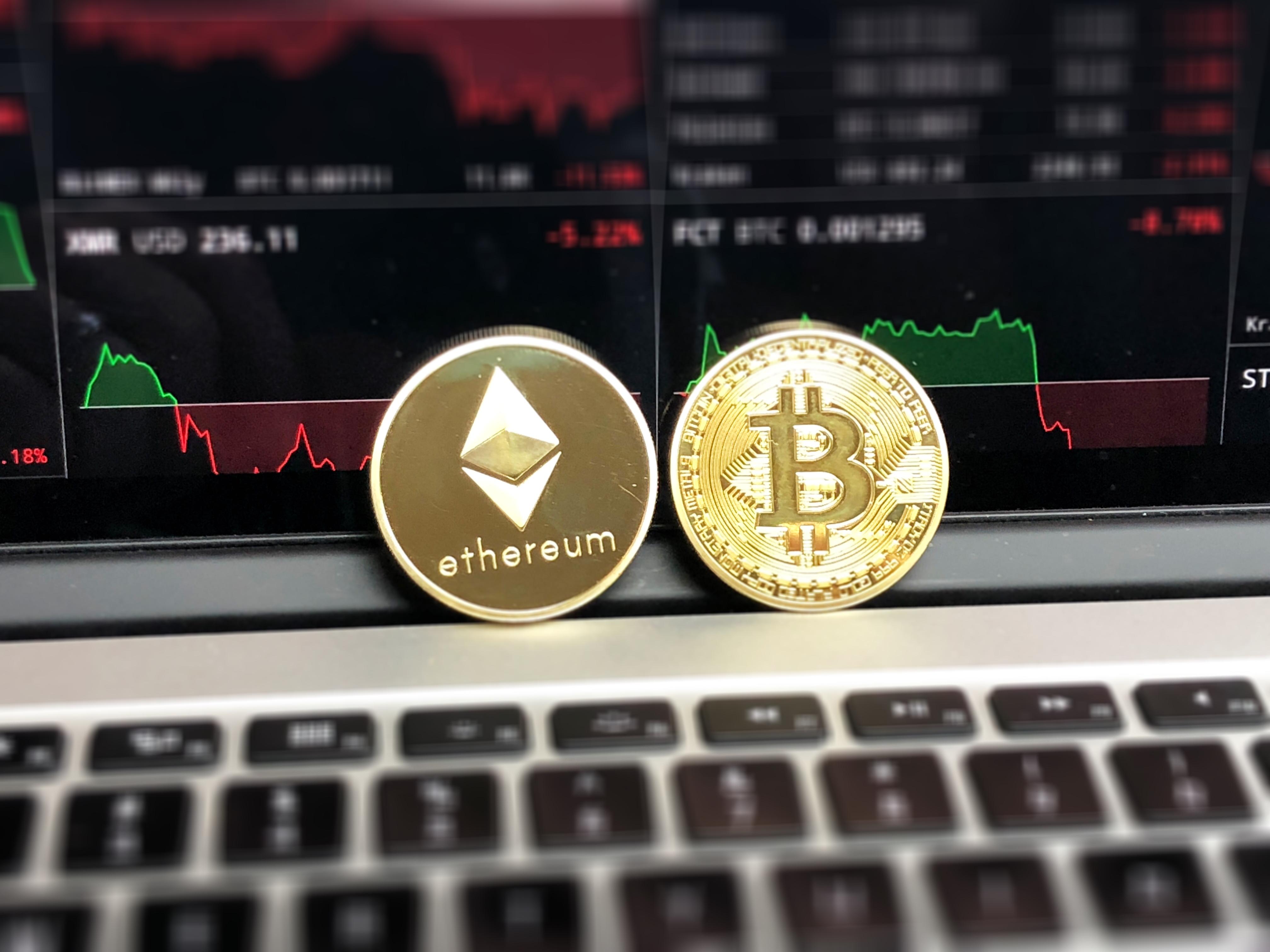 Blockchain, cryptomonnaie et bitcoin
